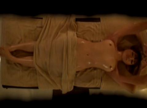 【素人】フェロモンムンムンなセレブ妻をマッサージで発情させてヤリまくってみた結果・・・・・