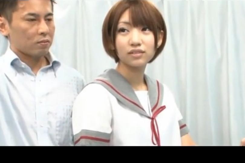 【素人】ナンパMM号で女子校生コスプレしてもらって痴漢プレイで後ろからファックwww