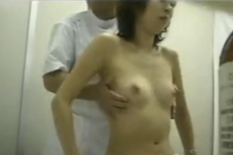 【素人】エロマッサージで段々気持ちよくさせられちゃう素人女性たちを盗撮
