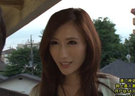 【JULIA】近所の悪ガキどもに無理やり犯されてしまった美乳人妻www