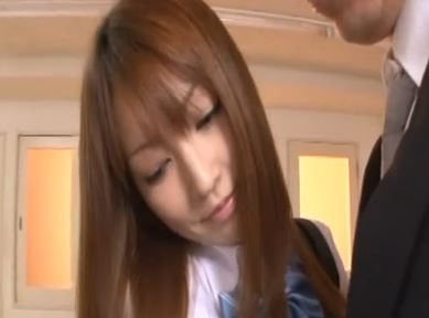 【松島かえで】細身体型で小振りな美乳がたまらんかえでちゃん、女子校生制服も似合ってますwww