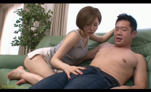 【里美ゆりあ】セックスがしたくてたまらない肉食美女のおちんぽ狩りww
