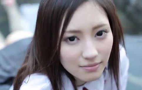 【桃谷エリカ】ヨダレをダラ~リ♪垂らしながらフェラする美少女がエロ杉www