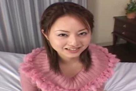 【吉沢明步】デビュー作でマングリ開脚されて、恥ずかしそうなアッキーナに一票www