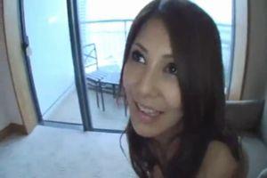 【素人】巨乳美女とハメ撮りでヤるだけのシンプルな動画♪