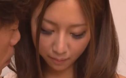 【南紗彩】お色気度が半端ない18歳美人お姉さんwディープキスの舌を吸いあう音、響きけりwww