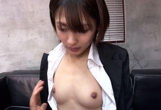 【夏目優希】「うちの会社で秘書続けたいだろ?」解雇させない代わりに、セックスを求められてしまった可愛い女秘書!!