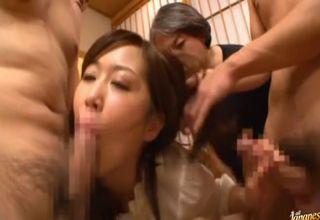 【菅野さゆき】宴会中、巨乳痴女登場の嬉しいサプライズに男性陣歓喜!いっきに群がってくる男たちに、痴女もまた大喜びwww