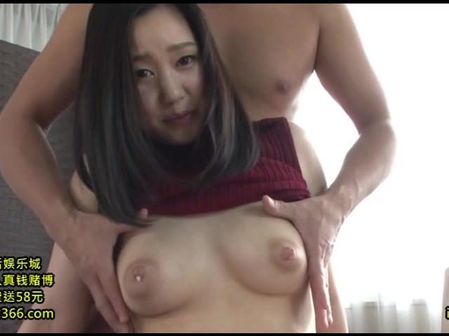 【柴崎ひかる】夫に内緒でAV出演する子持ち巨乳妻、母乳まき散らし汗だくセックス