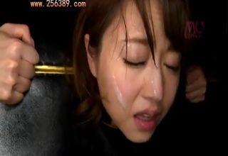 【吉澤明歩】専用の拘束台に繋がれて、身動きできない美女を一方的に蹂躙w
