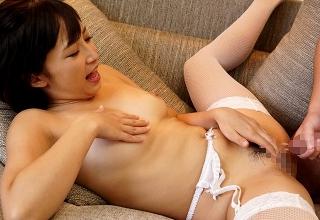 【きみと歩実】綺麗な顔した美人デリヘル嬢と高級ホテルで中出し本番セックス三昧