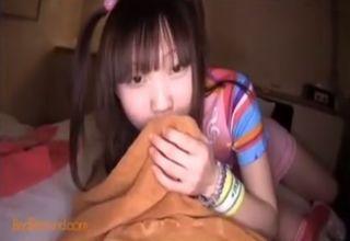 【野村さゆき】ホテルでディルドフェラ。パイパン少女が、小さな口で性奉仕している姿に萌える♡