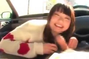 【咲田ありな】恋人気分の主観映像で見る美少女彼女と車でフェラするエロすぎるシチュエーションがたまらないwww