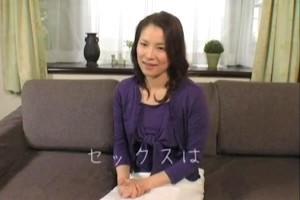 【泉貴子】未亡人美熟女の赤裸々インタビュー!?久しぶりのセックスに濃厚サービスで娘の夫をメロメロに…