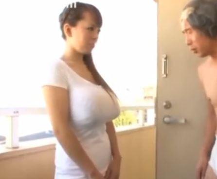 【田中瞳】ちゃんに爆乳でパイズリwこの爆乳を前に平常心を保つ自信がありませんwww