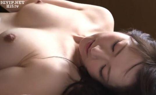 【二階堂ゆり】人妻不倫高画質w舌を絡めあい、吸いあう、激情セクロスwww