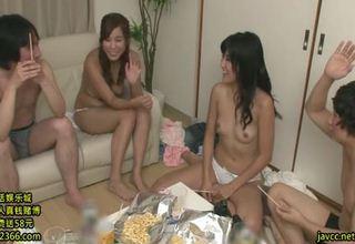 クラスの人気があった激かわ娘たちと同窓会をやることにw乱交状態にwww