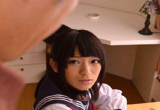 【成宮ルリ】おじさんに犯され続けるかわいすぎる制服JK
