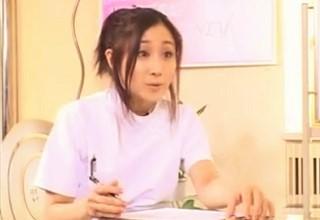 【沢井真帆】彼女の手にかかればどんな貧乳も極上の巨乳になっちゃうちょっとレズっぽい豊胸マッサージ!?