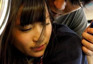 【大島美緒】満員電車内で身動き取れない女子○生を寄って集って痴漢しまくる極悪レイプ集団