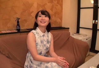 【小松美柚羽】清楚で大人しそうなお嬢様女子大生をオナホ扱いしてヤリたい放題wwwwww