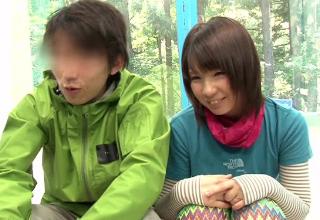 【葵こはる】山登りデート中のカップルをナンパしてMM号で彼女を寝取っちゃう♪
