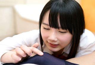 【宮崎あや】女子校生美少女がクンニ、おもちゃ責め、中出しされて感じまくりwww