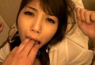 【春咲あずみ】身動き取れない美人秘書のパンストビリビリに引き裂き輪姦レイプ