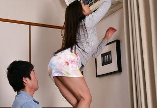 【めぐり(藤浦めぐ)】エロい身体したデカ尻妻がわざとミニスカTバック尻を見せつけ寝取られセックスを誘発♡