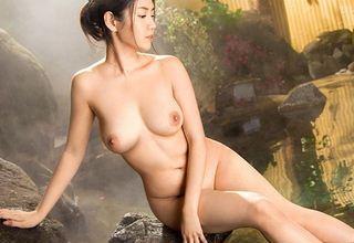 【成田麗】温泉と美女人妻..超絶美人な奥さんとエッチな温泉旅行www