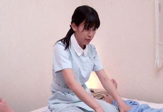 【素人】一生懸命に施術する若妻を逆に癒したらほとんどHまでイケる!