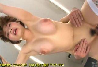 【奥田咲】ゴージャスボディー女優の挿入部接写アングル動画www