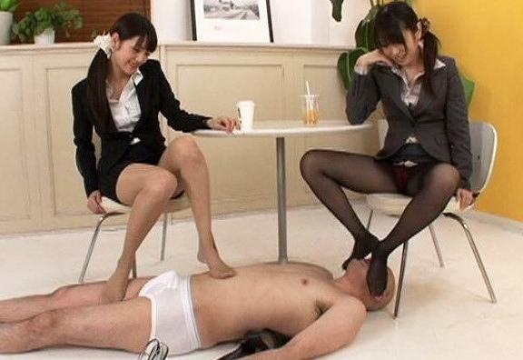 【有村千佳 みづなれい】蒸れたパンスト尻を男の顔に擦り付ける痴女OLw臭そう~(*´Д`)wwwwwww