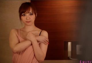 【並木優】セックスしたくてたまらなかった女♪お風呂場でパンパン挿入!!