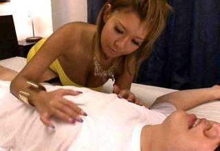 【橘なお】過敏乳首M男VS痴女黒ギャルw乳首舐めシコシコ♪