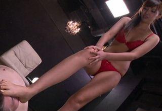 【小池奈央】赤いランジェリーがセクシーな高身長モデル体型お姉さんに・・