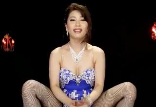 【羽田璃子】卑猥で変態な美熟女の主観でおチンポしごきまくられる!!