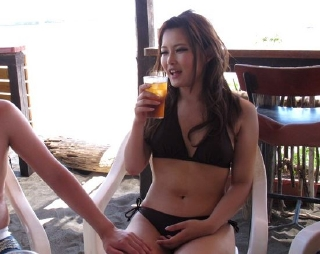海素人ギャルナンパシリーズwお酒を飲んでホテル部屋で乱交w