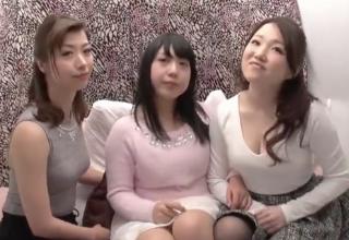 【加藤ツバキ】美巨乳姉妹をナンパ♪ディルドで繫がっちゃった姉妹ww