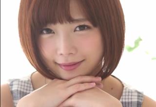 【紗倉まな】可愛いアイドル美少女の初中出し3Pセックス映像解禁!|д゚)