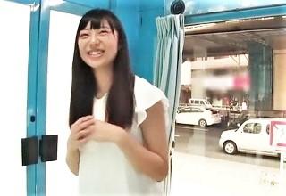 【桐谷まつり】純情そうな笑顔に破壊力抜群のエロおっぱいお姉さん思わずスカウトが動いたMM号www