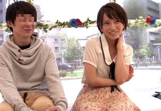 【高梨あゆみ】ロリカワ女子大生が大学の男友達とマジックミラー号でヤッちゃったw