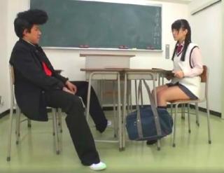 【木村つな】メガネ着衣の生徒会長娘の紺ハイソ足コキ抜きwww