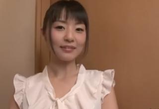 【つぼみ】ロリ顔な清楚系お姉さんの優しい淫語手コキ♪