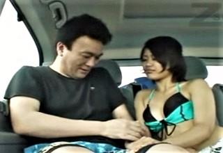 【素人】逆ナン水着ギャルがエッチすぎて車内で何度もセックスwwwじっくりフェラに激しくファックがエロすぎてヤバいwww
