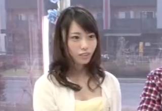 【川菜美鈴】マジックミラー号の中で男友達とヤッちゃった女子大生w