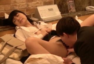 【幸田ユマ】破けるコンドームでSEXしちゃうOLお姉さんw中だし決定ww