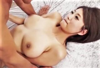 【深田ナナ】ゆっさゆっさ揺れるおっぱいに目が釘付け!?爆乳お姉さんの濃厚セックスがヌケすぎる件についてwww