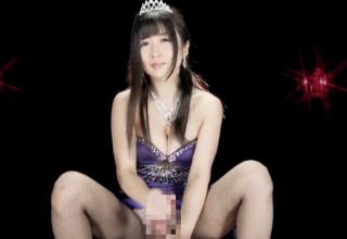 【大槻ひびき】えろ過ぎ淫語で凄手コキ!!ドレス姿のお姉様に犯されちゃった