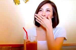 森田朋美 剛毛がリアル。普通の主婦が不倫サイトにハマっていく一部始終。。。